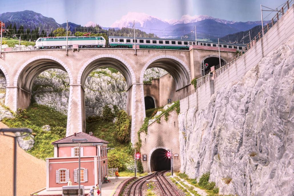 Campo railstation with Buzzaceto Bridge and E403
