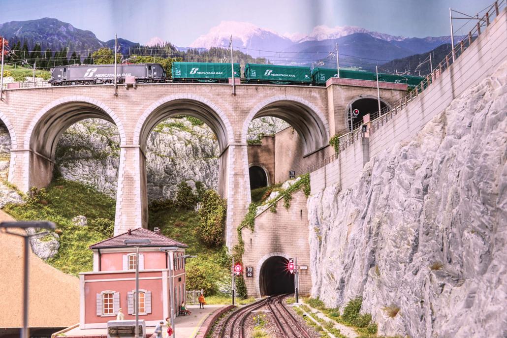 Campo railstation with Buzzaceto Bridge and Vectron Mercitalia Rail