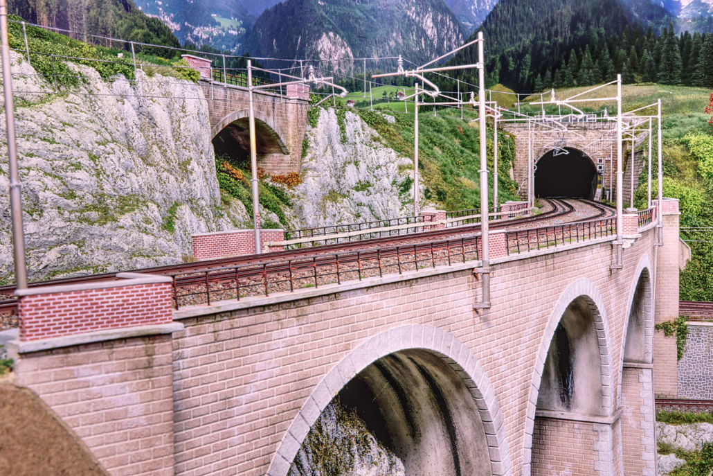 Main bridge of Buzzaceto