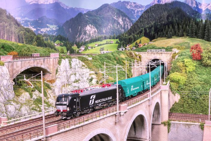 Main bridge of Buzzaceto with Vectron Mercitalia Rail